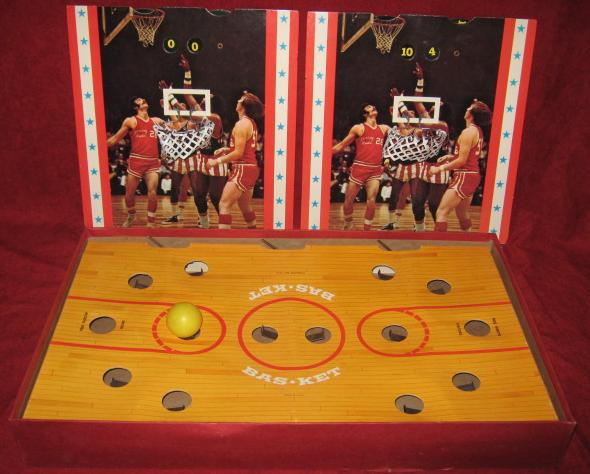 Cadaco Bas-Ket Basketball Game Parts Harlem Globetrotters