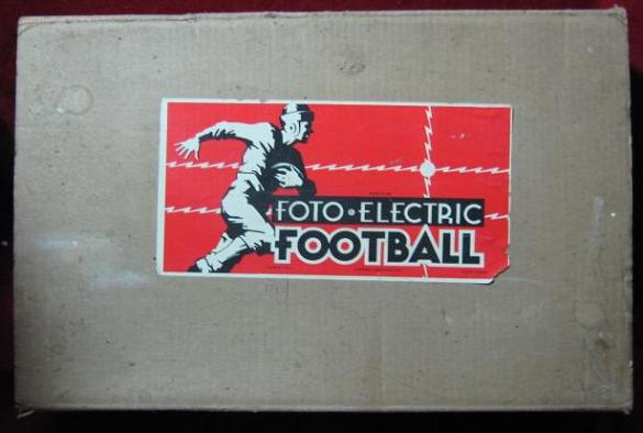 Cadaco Foto-Electric Football Game box 1946