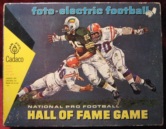 Cadaco Foto-Electric Football Game box 1966