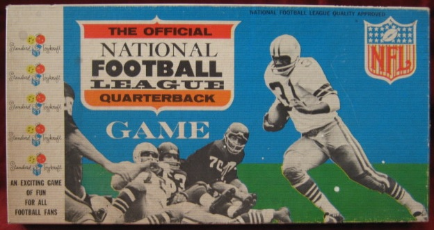 Standard Toykraft Official NFL FOOTBALL QUARTERBACK Game 1965 Box