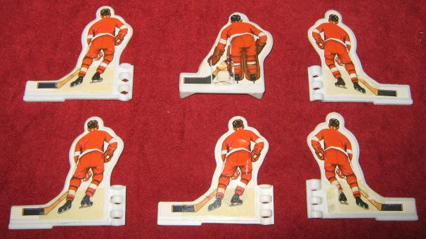 COLECO TABLE HOCKEY GAME DETROIT RED WINGS TEAM 1970's Plastic back