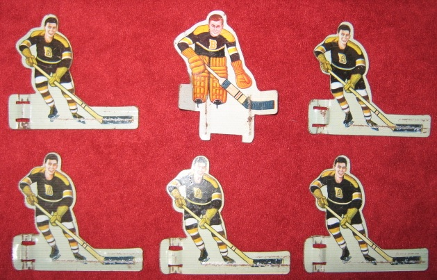 EAGLE TABLE HOCKEY GAME BOSTON BRUINS TEAM 1950's Tin