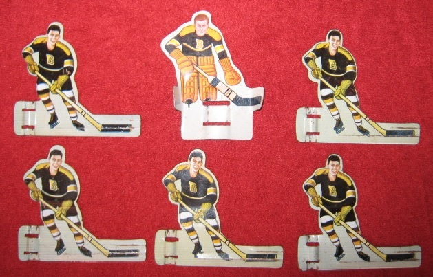 EAGLE TABLE HOCKEY GAME BOSTON BRUINS Pro / Pee Wee TEAM 1950's Tin