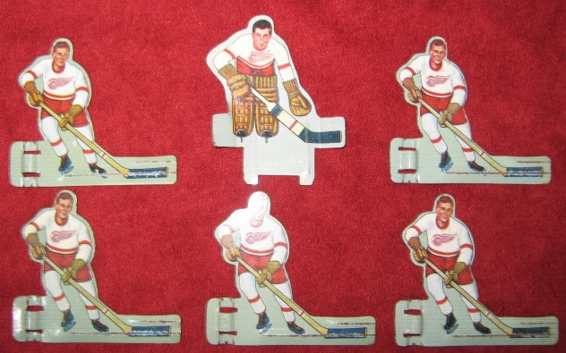 EAGLE TABLE HOCKEY GAME DETROIT RED WINGS TEAM 1950's Tin