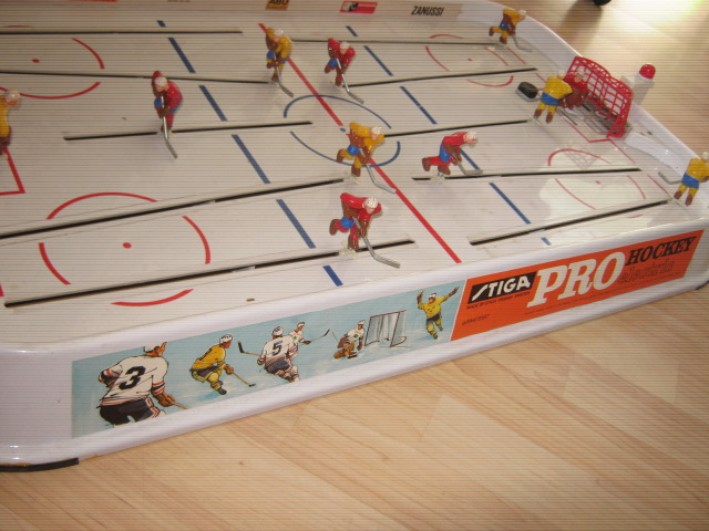 STIGA PRO ELECTRIC Table Hockey Game 1970s
