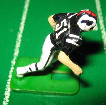 TUDOR ELECTRIC FOOTBALL GAME Buffalo Bills Team Dark HA76amb