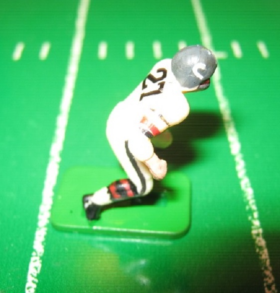 TUDOR ELECTRIC FOOTBALL GAME Chicago Bears Team White HK67BM