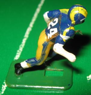 TUDOR ELECTRIC FOOTBALL GAME Los Angeles Rams Team Dark HK72CLamb