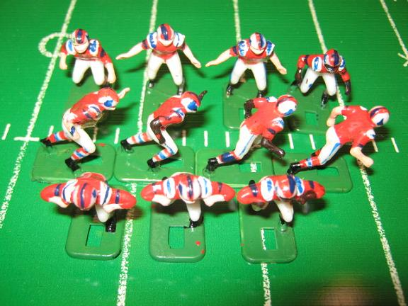 TUDOR ELECTRIC FOOTBALL GAME New England Patriots Team Dark HK71CL