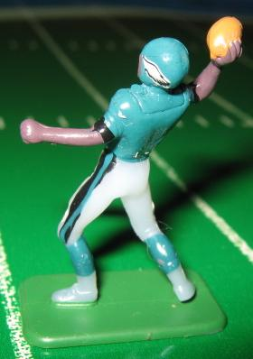 TUDOR ELECTRIC FOOTBALL GAME Philadelphia Eagles QB Dark CH02