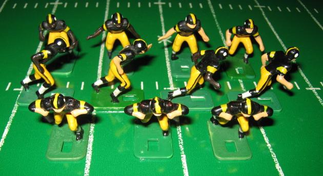 Tudor Electric Football Team PITTSBURGH STEELERS Dark Jersey HA73