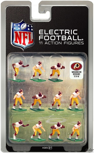 TUDOR ELECTRIC FOOTBALL GAME Washington Redskins White CURRENT